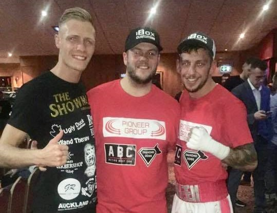 Pro-boxers take to the ring at Tear up the Tyneside